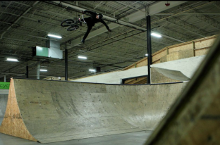 Dean Cueson At Joyride 150